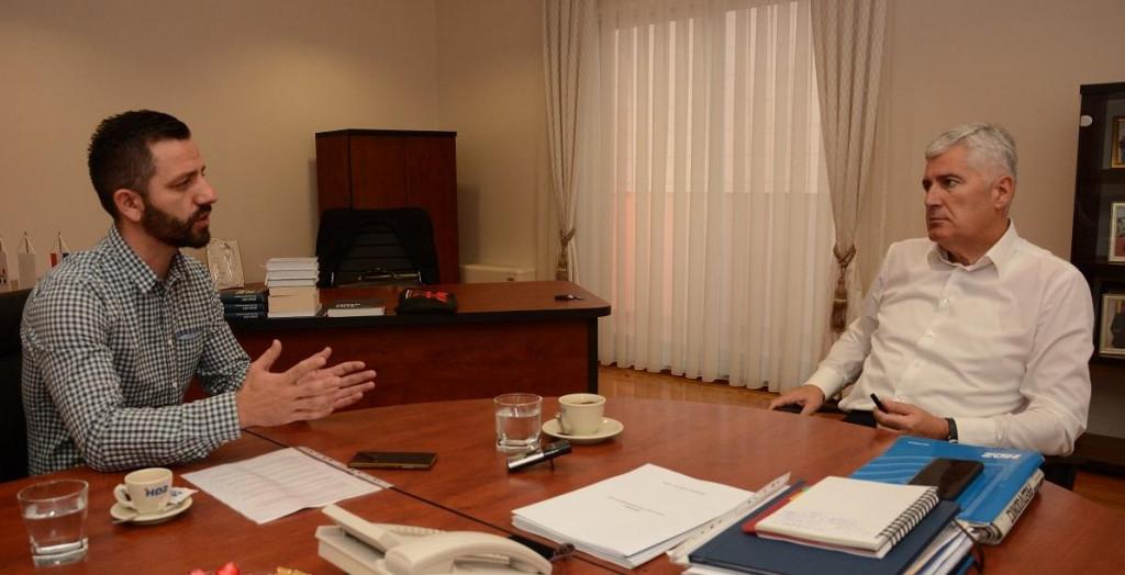 <p>Dragan Čović i urednik Dnevnik.ba Jurica Gudelj</p>