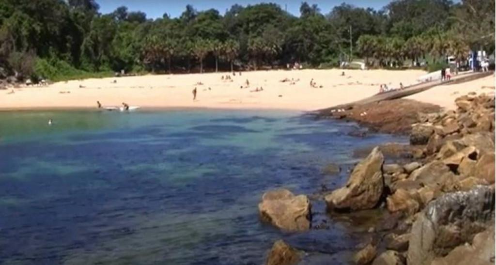 <p>Plaža Shelly</p>