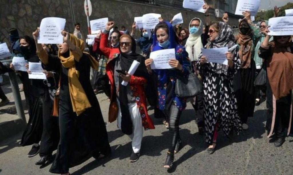<p>Prosvjedi u Kabulu - Žene od talibanskog pokreta traže da buduća vlada zaštiti njihova prava i slobode</p>