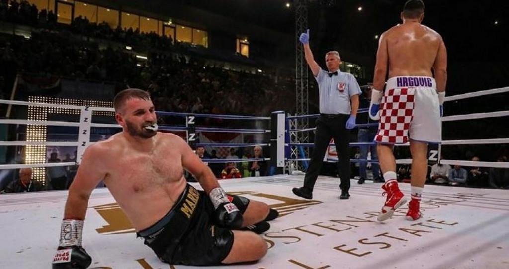 <p>Filip Hrgović u ringu</p>