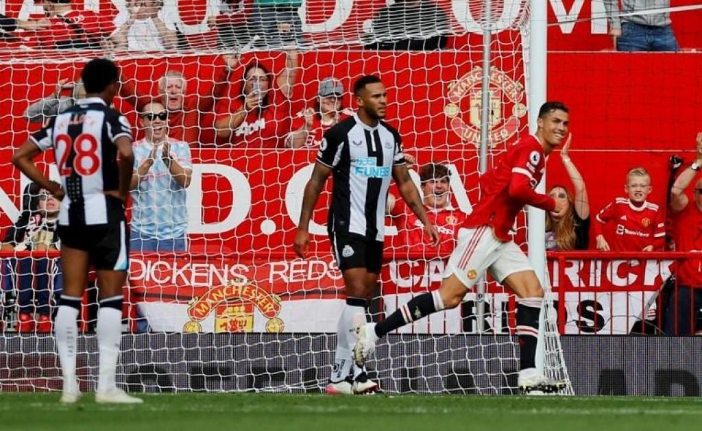 <p>Cristiano Ronaldo protiv Newcastlea</p>