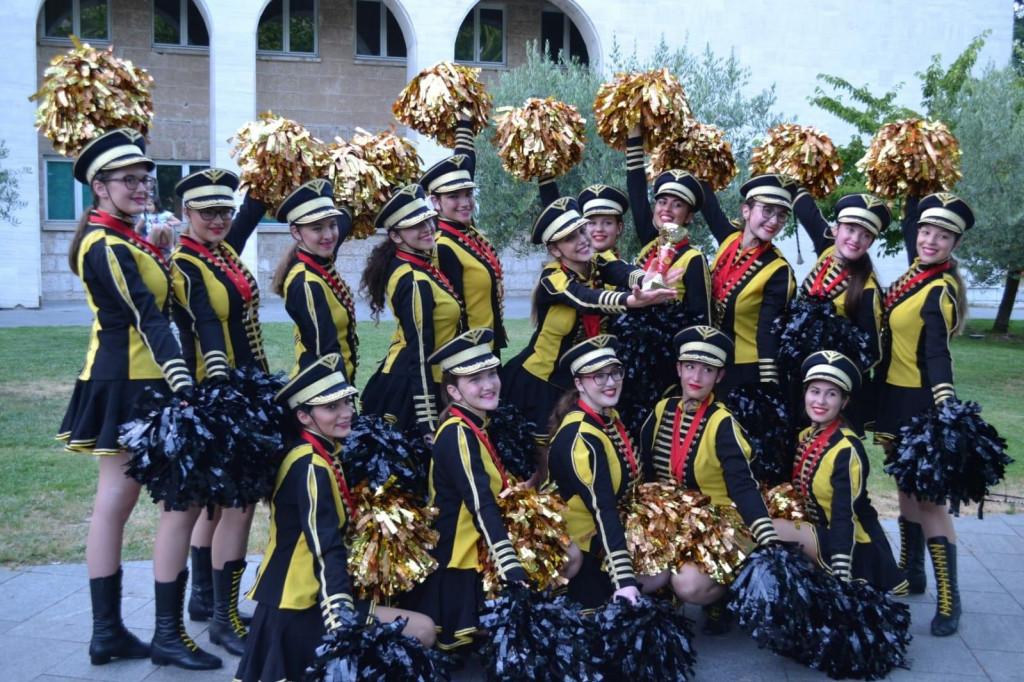 <p>Mostarske mažoretkinje</p>