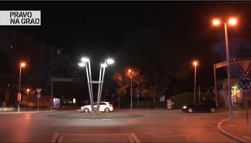 <p>Mostar noću</p>