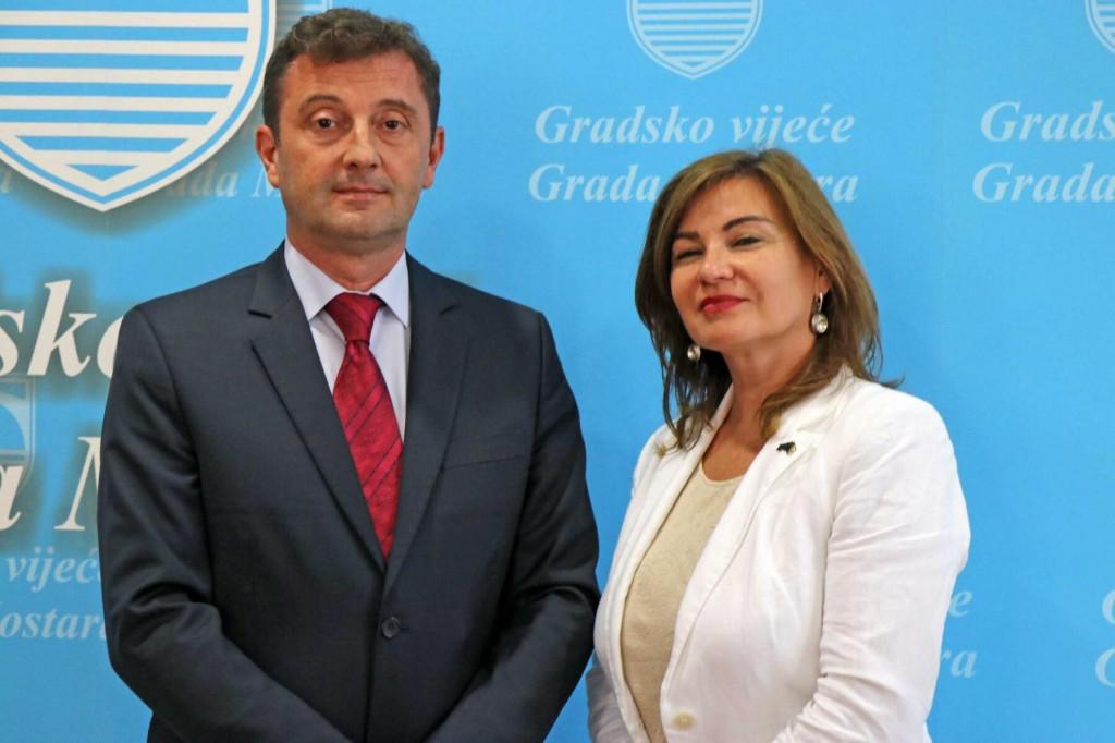 <p>Gradonačelnik Mostara i zamjenica šefa izaslanstva EU u BiH Ekaterina Dorodnova</p>