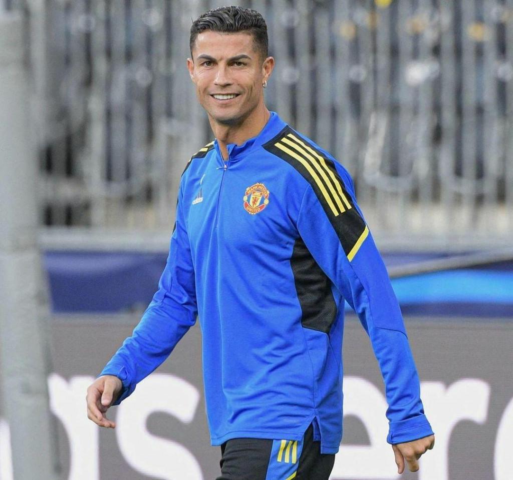 <p>Cristiano Ronaldo</p>