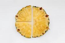 <p>Ananas - poprečni presijek</p>