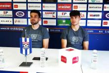 <p>Trener Širokog Jure Ivanković i vezni igrač Jakov Blagaić</p>