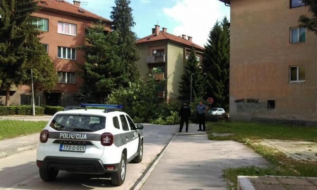 <p>Središnja Bosna - Policija traga za vozačem kombija koji je mamio djecu da uđu u vozilo</p>